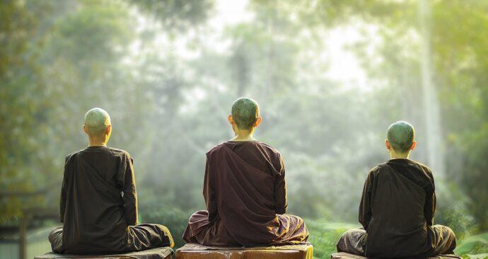 theravada-buddhism-3818886_1280