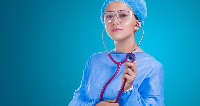 nurse-2141808_1280