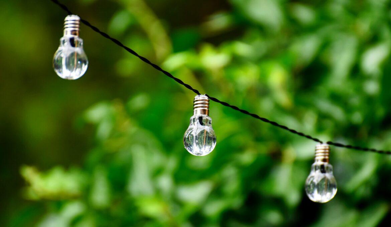 light-bulb-4372786_1280
