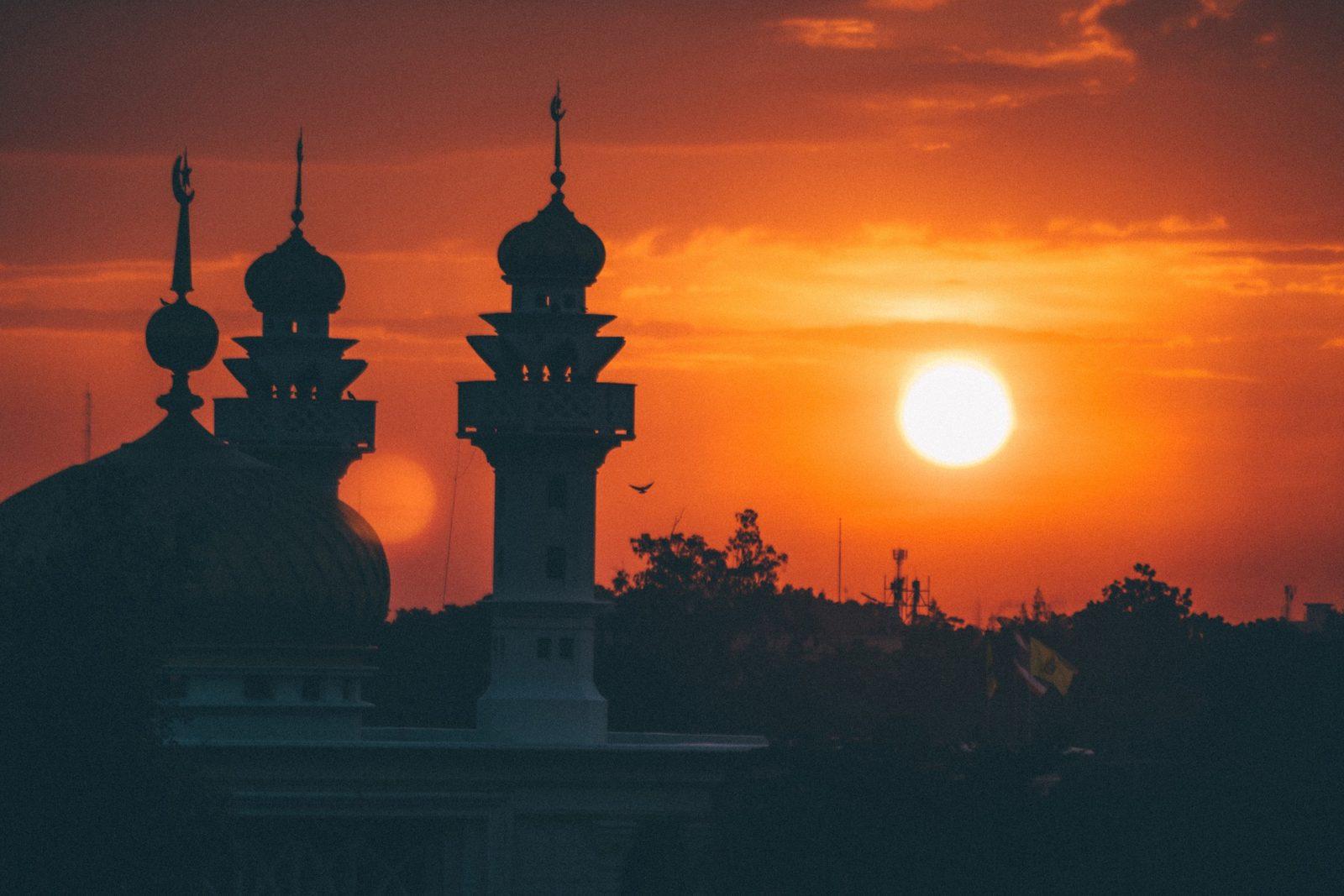 mosque-1603765_1920