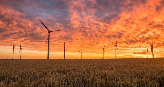 windmills-1838788_1280