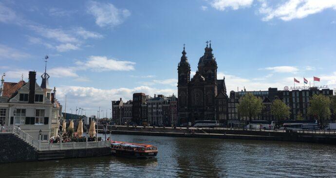 amsterdam-2336922_1920