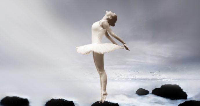 ballerina-3055155_1920