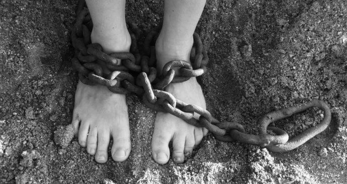 chains-19176_1920-1