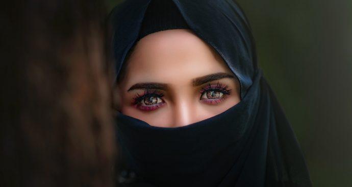 hijab-3064633_1920-1