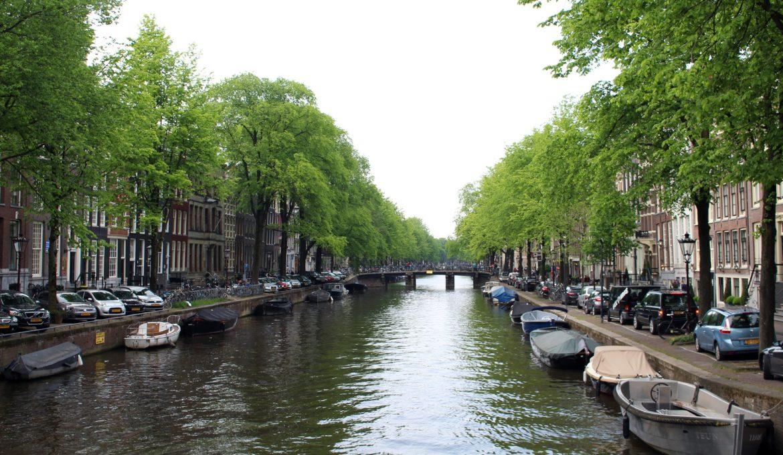amsterdam-1673781_1920