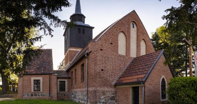 church-3416103_1920