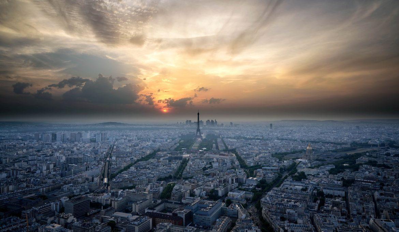 paris-905108_1920