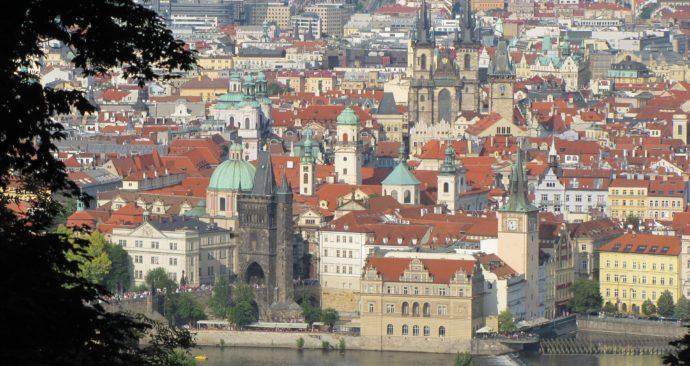 prague-czech-republic-1189114_1920