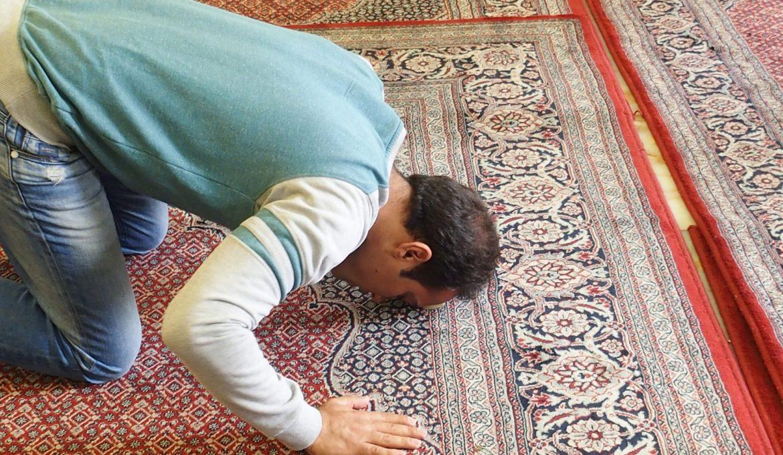 prayer-1008385_1920