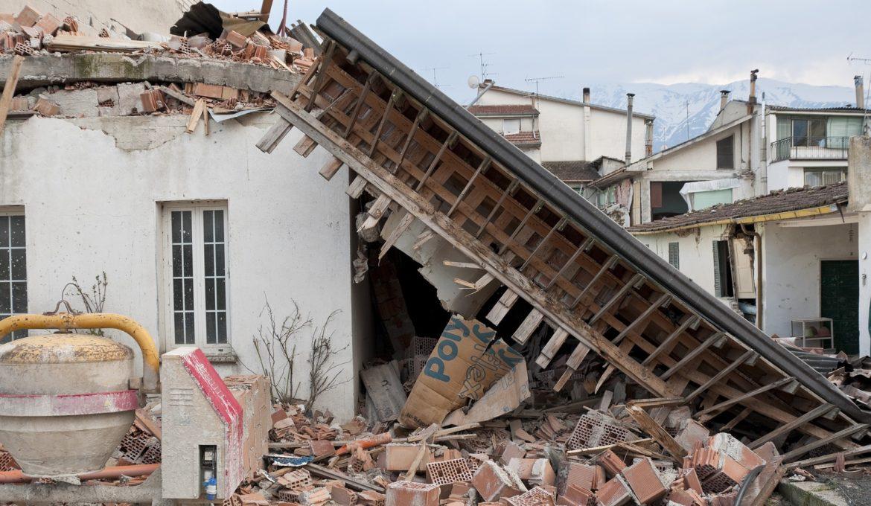 earthquake-1665886_1920