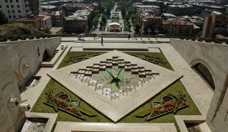 fountain-1762755_1920