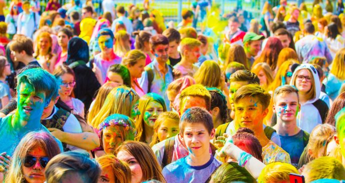 the-festival-of-colors-2475521_1920