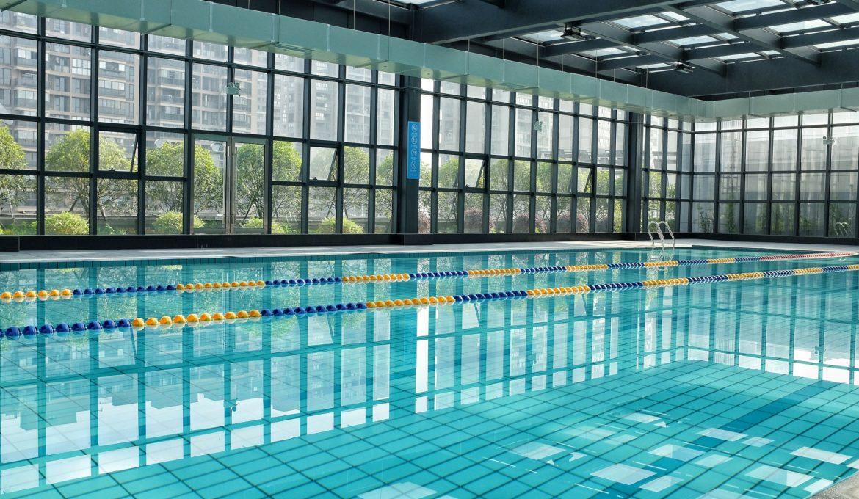 swimming-pool-2704420_1920