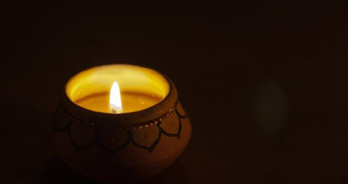 candle-2560694_1920