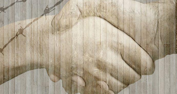 handshake-584105_1920