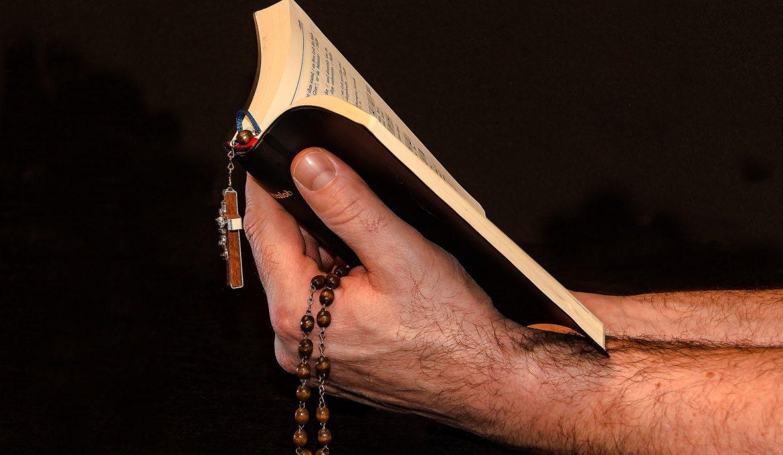 prayer-1926335_1920