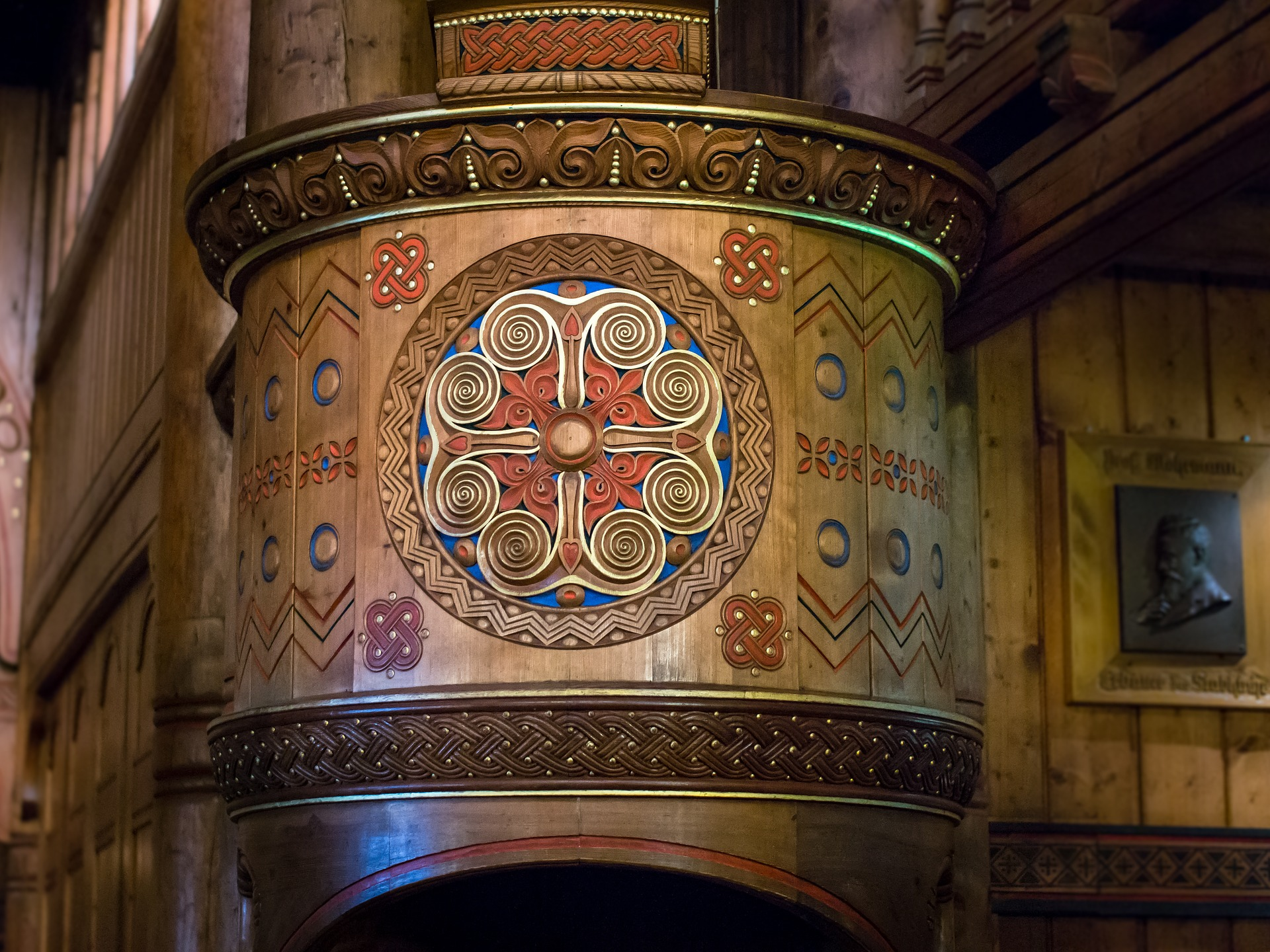 pulpit-1761131_1920-2