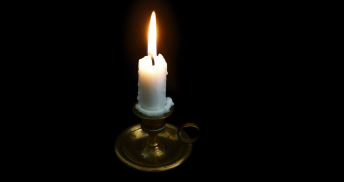 candles-2338053_1920