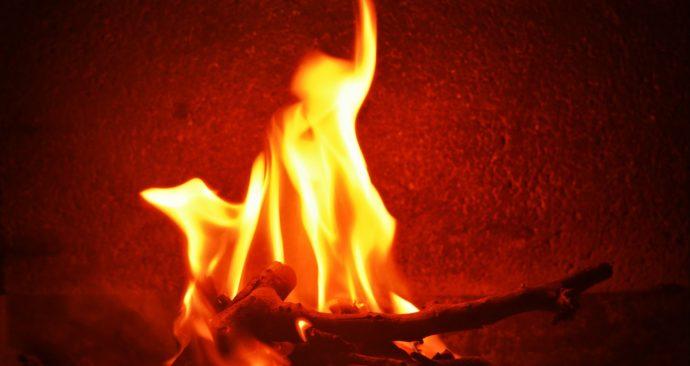 fire-436956_1920