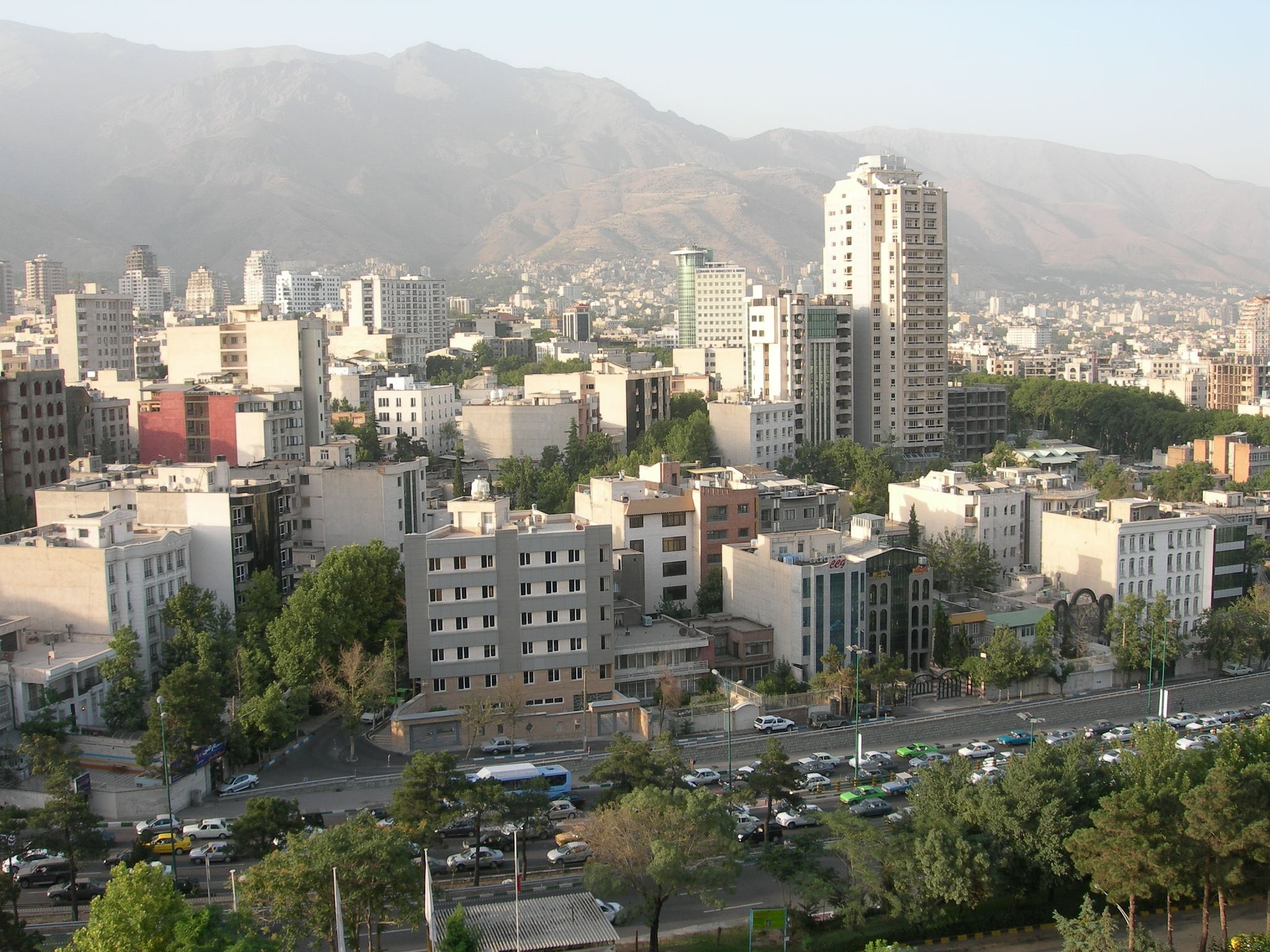 tehran-642743_1920