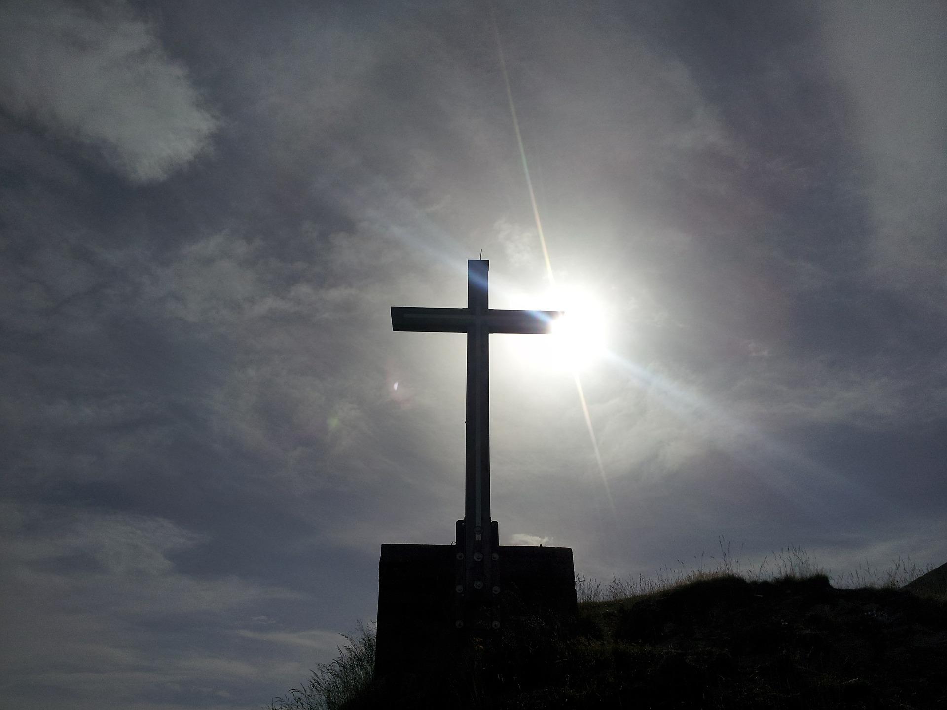 summit-cross-524015_19201