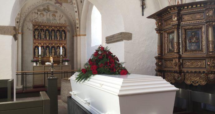 coffin-1177014_1920