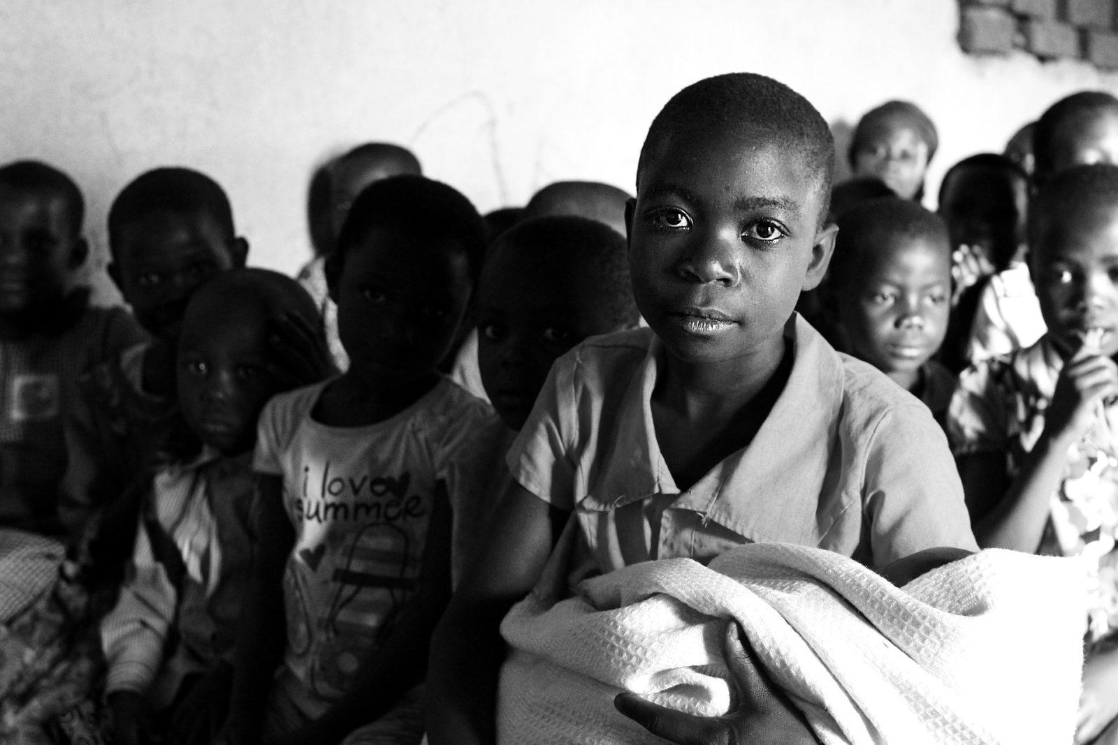 children-of-uganda-2245270_1920