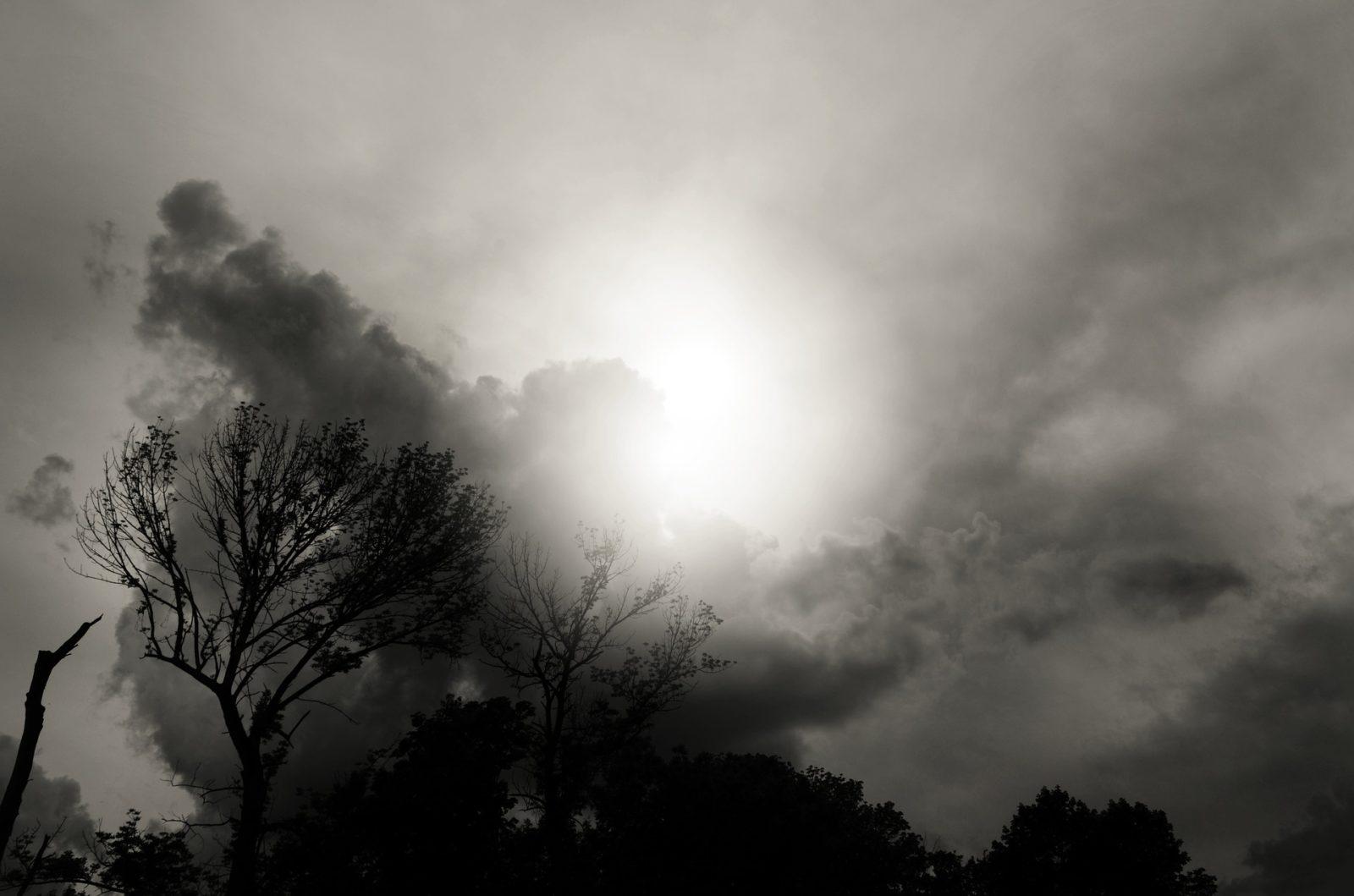 dark-sky-1374660_1920