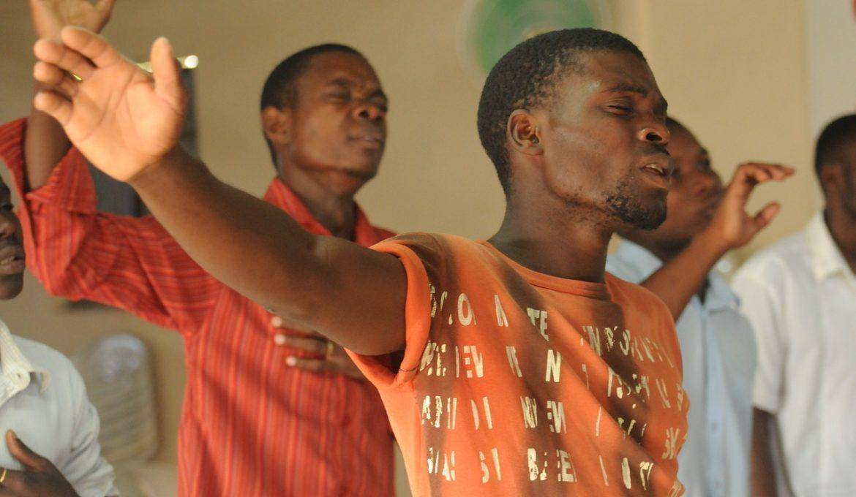 worship-435108_1280