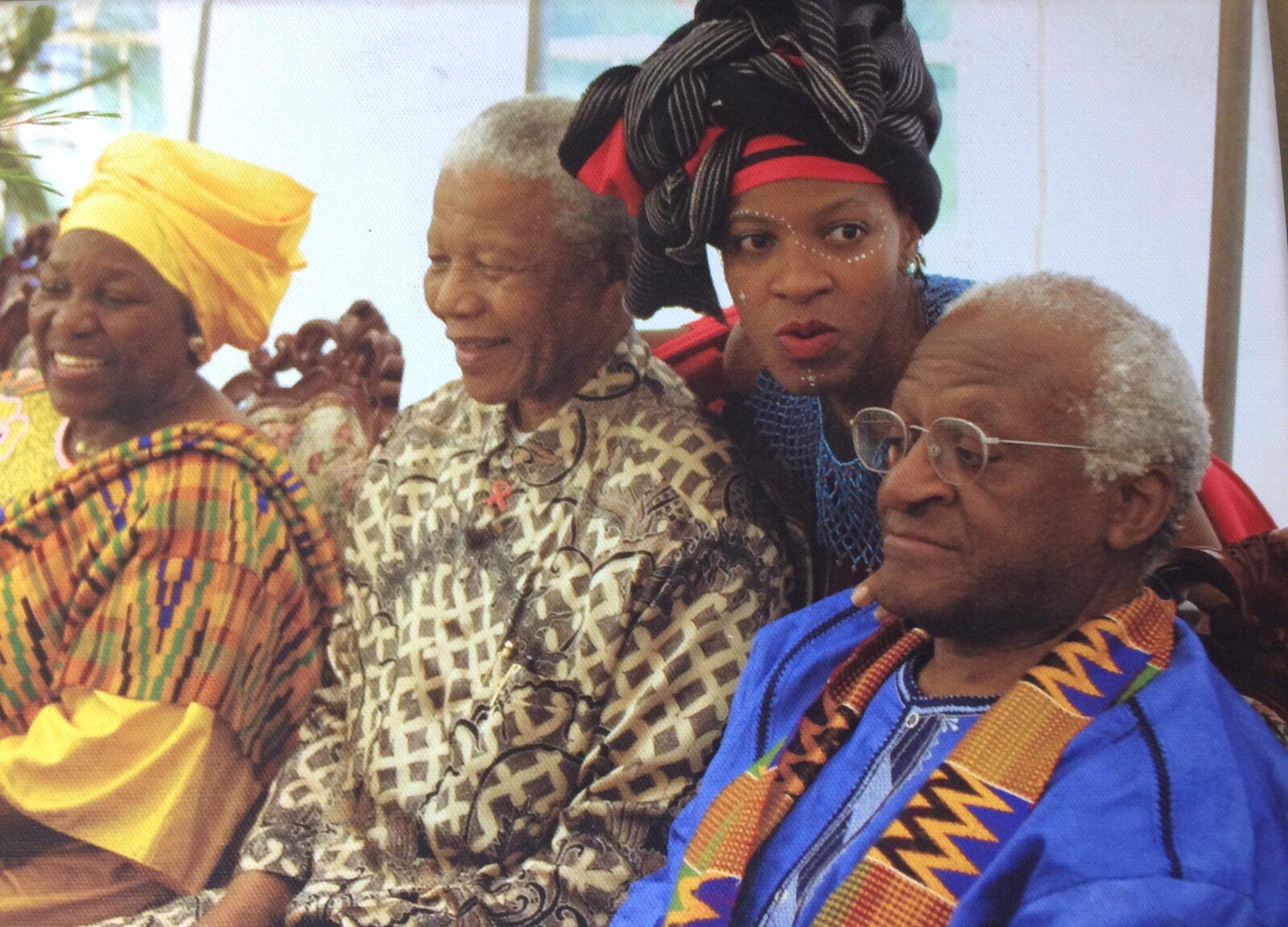 Mpho-Tutu-met-haar-vader-en-Mandela