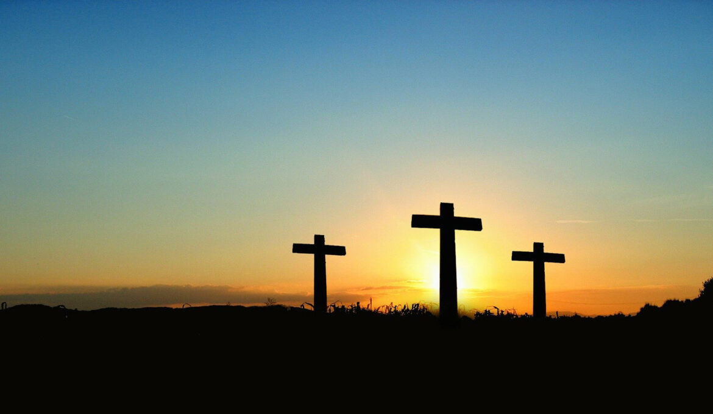 kruis-zonsondergang-liggend