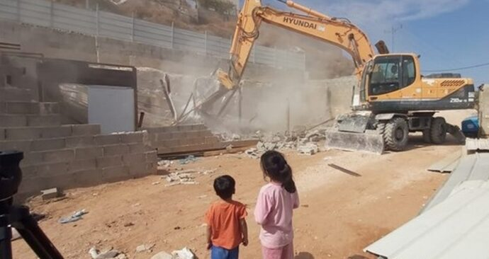 2019_10-22-Palestinian-forced-to-demolish-his-own-house-to-avoid-paying-occupation-forces-to-do-it-1