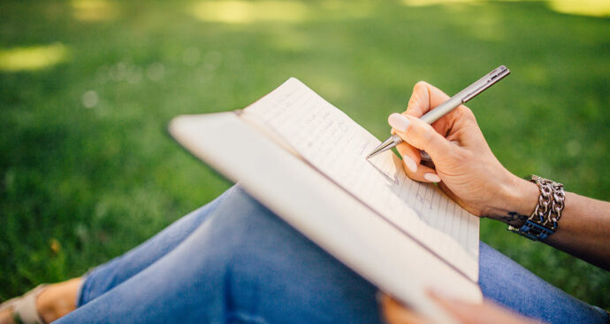 pexels-schrijven-hand