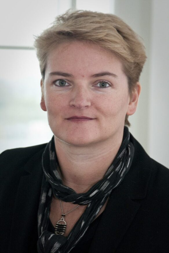 Sue-van-Soest_liggend