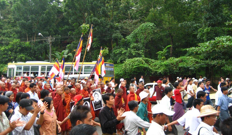2007_Myanmar_protests_10