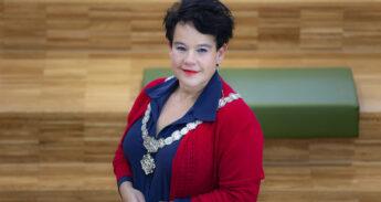 Burgemeester Shaton Dijksma